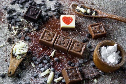 60er Schoko-SMS - Schokolade löst keine Probleme ein Apfel aber auch nicht
